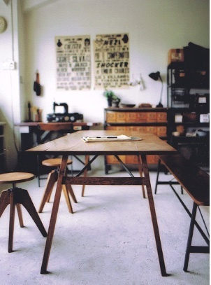 truck-table-and-stools_rect540